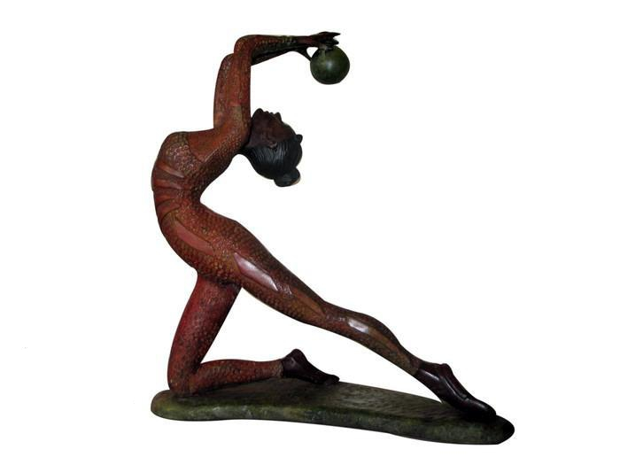 sculpture_kneeling_ballet_strong_style_color_b82220_dancer_strong